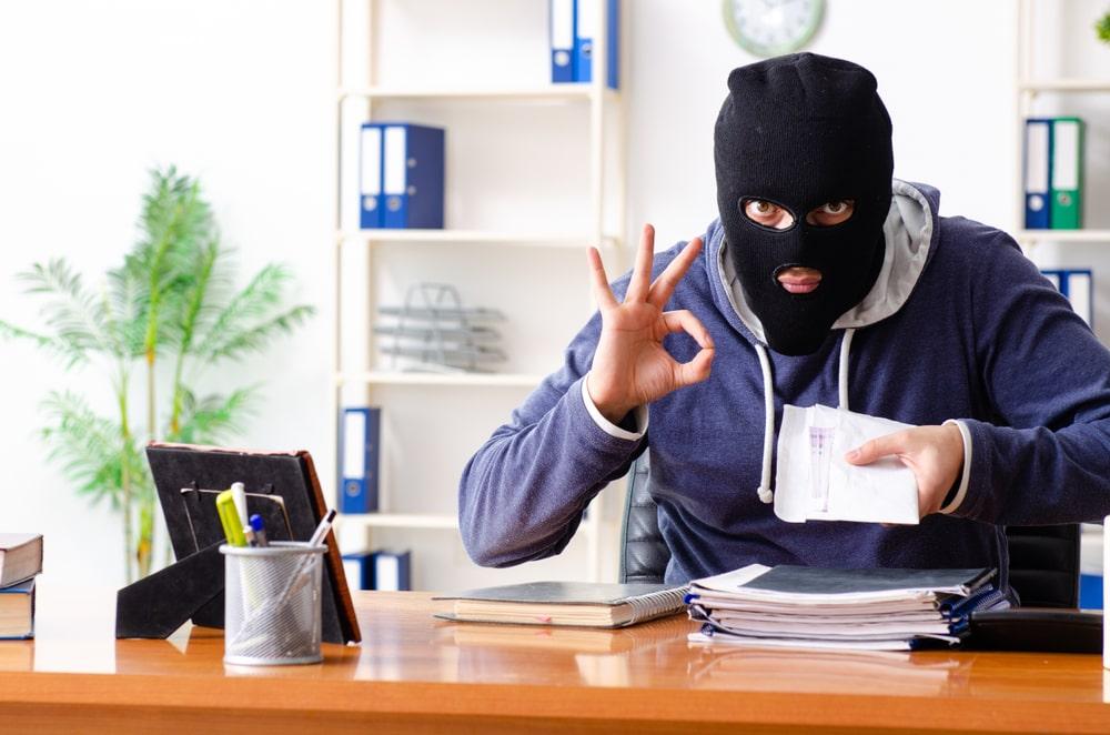 Как да не се сблъскате с измамен клиент
