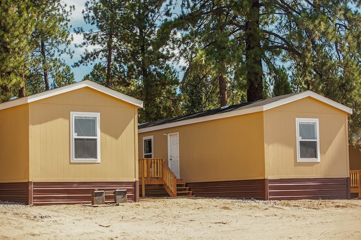 Модулните Log Homes